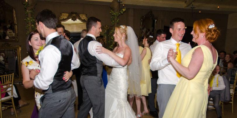 Adelaide Wedding Dance Couple Peter Vicky Dancing