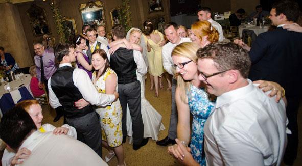 Adelaide Wedding Dance Couple Peter Vicky Happy